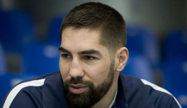 hand nikola karabatic psg absent deux trois semaines. Black Bedroom Furniture Sets. Home Design Ideas