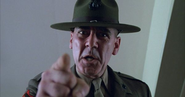 "Mort de R. Lee Ermey, inoubliable sergent Hartmann dans ""Full Metal Jacket"""