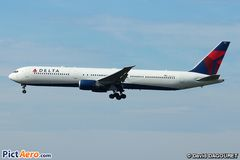Boeing 767-400 Delta Air Lines (Image)