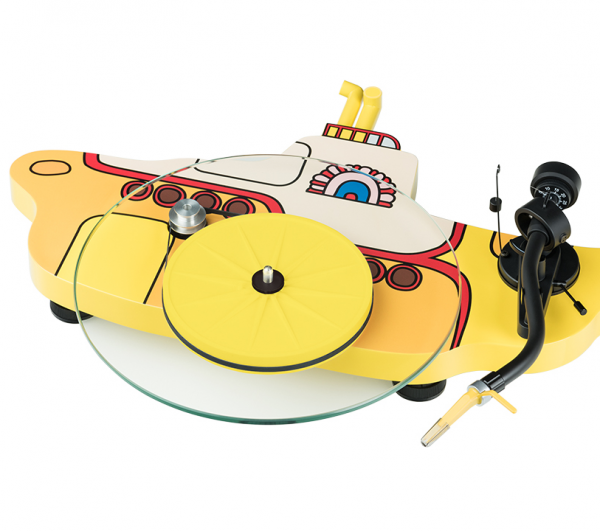 PRO-JECT The Beatles Yellow Submarine : l'imagination sans limite du constructeur Autrichien