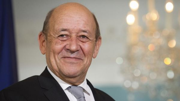 Guillaume Tabard : «Quand Jean Yves Le Drian remplace Gérard Collomb... à Rome»