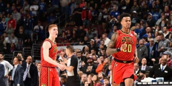 Clutch, la jeunesse d'Atlanta fait plier les Sixers à Philly ! Jimmy Butler craque dans le money time