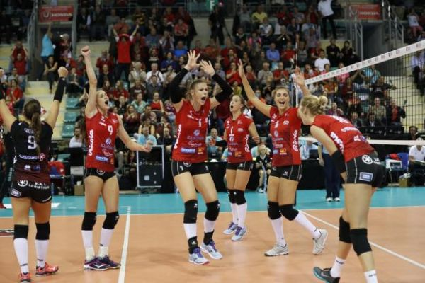 Volley - Ligue A (F) - Ligue A : Mulhouse remporte le choc au sommet contre Cannes