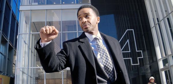 "André Holland : ""'High Flying Bird' montre comment le sport business exploite les joueurs"""