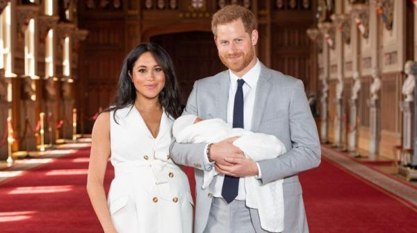 Meghan et Harry parents : Les premières photos du bébé royal(Photos)