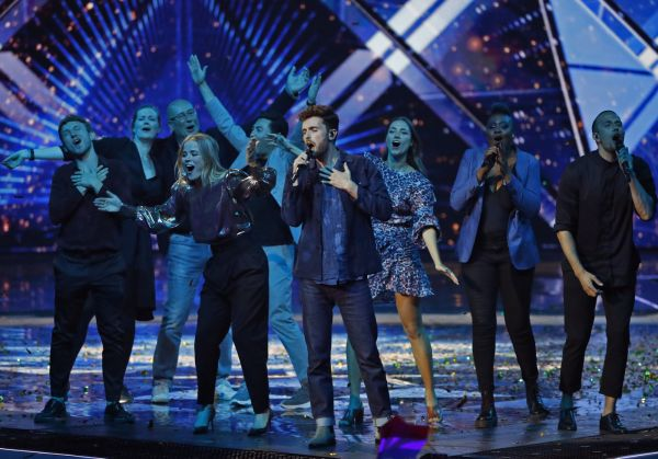 "Audiences TV: l'Eurovision recule mais écrase ""The Voice"""