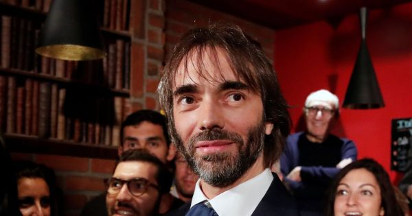 Municipales à Paris: Villani maintient sa candidature