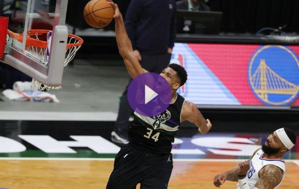 NBA - Giannis Antetokounmpo terrasse les Clippers (VF) !