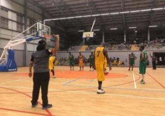 Foot, basket, hand : Les championnats et playoffs du weekend