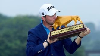 Wiesberger coiffe Fleetwood en prolongation