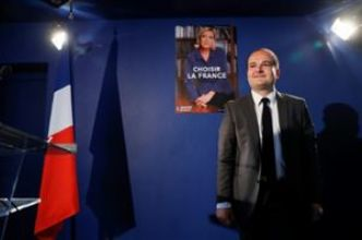 """Choisir la France"", slogan et affiche de second tour de Le Pen"