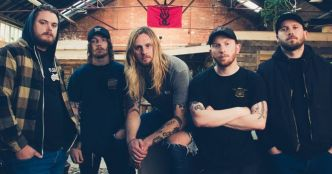 While She Sleeps : Empire Of Silence (clip officiel)
