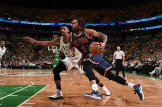 Cleveland surclasse Boston de 44 points