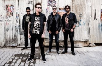 « Crooked Teeth » : le 9ème album de Papa Roach est sorti