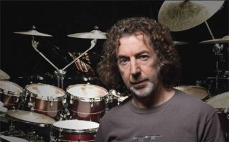 Simon Phillips en workshop chez Boullard Musique à Morges