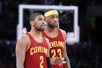 Kyrie Irving sur le record de LeBron James : « Un moment culte »