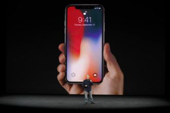 Apple lance l'iPhone 8 et l'iPhone X