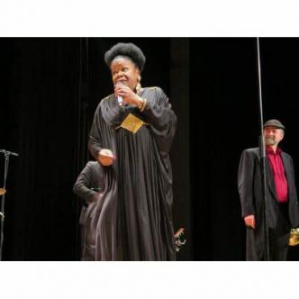 Remiremont : le Nancy Jazz Pulsations transporte le public dans l'univers rythmé de Janice Harrington and The Gentlemen of distinction