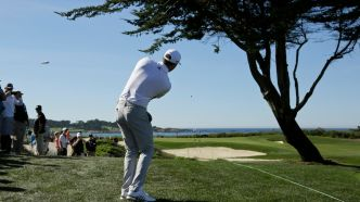 D. Johnson se hisse en tête à Pebble Beach