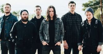 Underoath : nouveau single, On My Teeth (clip officiel)
