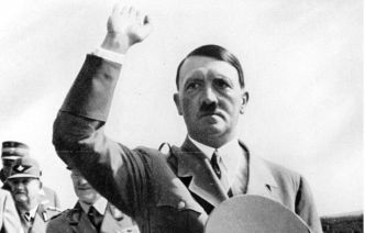 "Le centre Simon Wiesenthal s'étrangle : l'Inde classe Adolf Hitler parmi les ""grands leaders"""