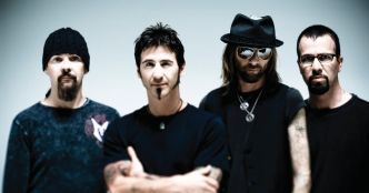 Godsmack : Bulletproof (clip officiel)