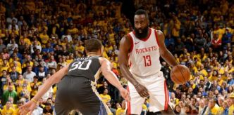 Houston prive les Warriors de paniers dans le money time et revient à 2-2 !