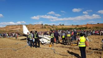 Le crash d'un avion fait quatre morts