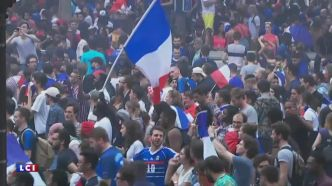 """J'ai senti des mains qui me touchaient"" : le soir de la victoire des Bleus, plusieurs cas d'agressions sexuelles"