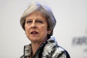 Comment Theresa May a sauvé son poste
