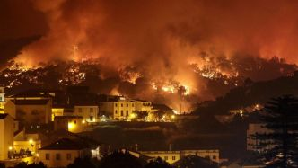 Portugal : La ville de Monchique menacée par de violents incendies