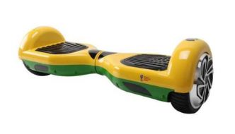 Cdiscount : hoverboard Taagway 6,5 pouces sous licence officielle FIFA à 89,90 €