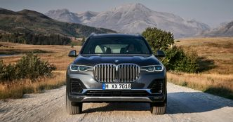 VIDEO – BMW X7 : entre SUV et limousine