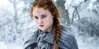 Game of Thrones: Sansa Stark a bien failli perdre tous ses cheveux !