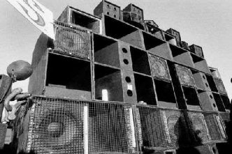 [Lyon] Les soundsystems Heretik, Spiral Tribe et Narkotek réunis pour l'Anthology of Rave