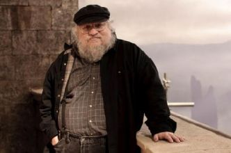George R.R. Martin n'arrive à pas à finir sa saga à cause de la pression de Game of Thrones