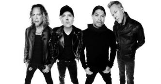 Metallica : Disposable Heroes (acoustique) (clip live officiel)
