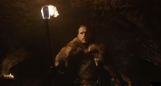Game of Thrones : à la fin du tournage, Kit Harington a pris... sa statue ?