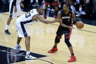 Basket - NBA - Heat - Le maillot de Chris Bosh retiré par le Miami Heat