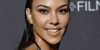 Kourtney Kardashian dévoile son corps nu… en gâteau ! (PHOTO!)