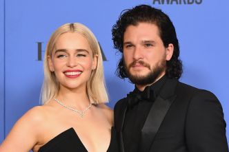 Game of Thrones : Kit Harington a trouvé ça «bizarre» d'embrasser Emilia Clarke