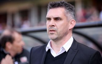 Football - Ligue 1 - Officiel: Jocelyn Gourvennec quitte Guingamp