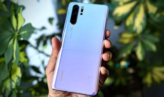 Huawei suspend temporairement la production de ses smartphones