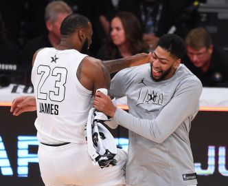 Basket - NBA - Lakers : Anthony Davis rejoint LeBron James