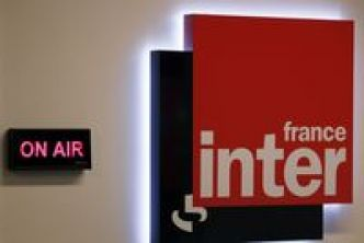 Radio: France Inter reste en tête en nombre d'auditeurs, Europe 1 dégringole