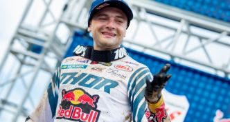 Cooper Webb rejoint le club…