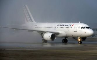 Un avion d'Air France reliant Moscou et Paris envoie un signal de détresse
