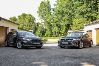 Comparatif – Ford Mondeo SW Hybrid VS Toyota Camry: propositions uniques