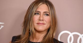 "Jennifer Aniston casse Instagram avec ce selfie de ""Friends"""