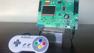 Game Boy Advance : Des images d'un prototype compatible manette Super Nintendo dévoilées